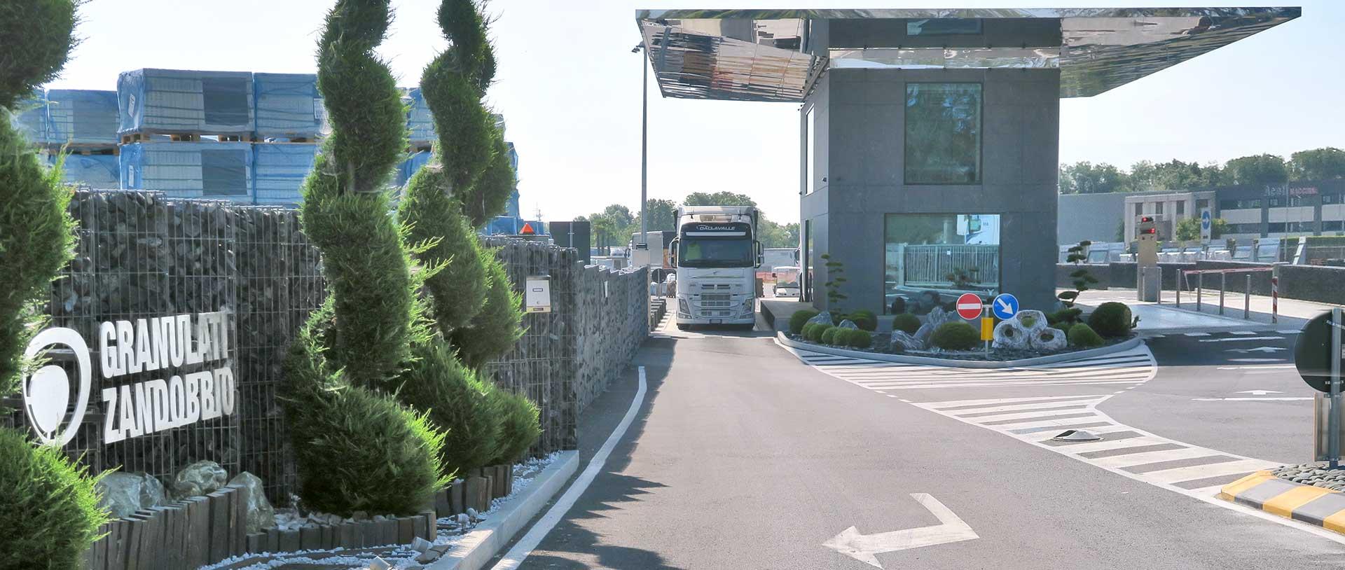 Gravelfix prodotto di Granulati Zandobbio logo leader nel settore dell'architettura del paesaggio